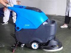 山东威海家家悦食品厂采购拓成手推式洗地机